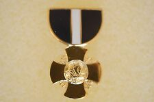 US USA USN Navy Cross Medal Military Hat Lapel Pin