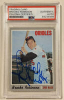 1970 Topps BROOKS ROBINSON Signed Baseball Card PSA/DNA #230 Baltimore Orioles