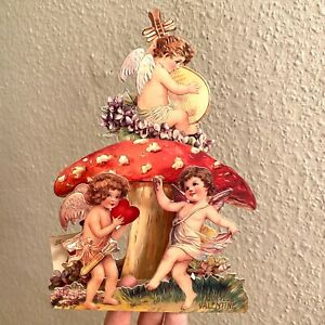 PAPIER VALENTINSKARTE VON 1992: Engel mit großem Fliegenpilz 20cm Herz Englisch