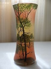 FRENCH CAMEO ART NOUVEAU GLASS VASE IN THE MANNER OF LEGRAS