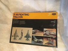 F- 16 FIGTHING FALCON MINT, ''NEW SEALED''TOP WAR PLANES,OWN PART OF HISTORY