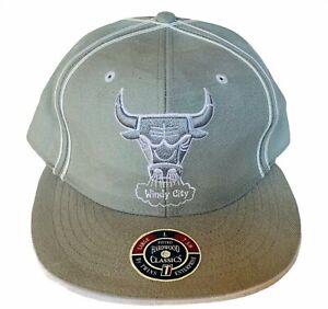 NBA Basketball hat cap vtg Chicago Bull size 7 and 3/8 Windy City Michael Jordan