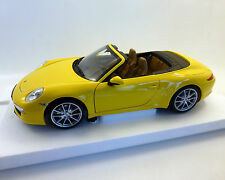 Porsche 911 Carrera S Cabriolet, giallo, MINICHAMPS 1:18