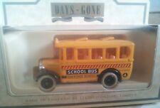 LLEDO DIECAST MODEL DENNIS 1935 SINGLE DECK BUS USA SCHOOL BUS 10004
