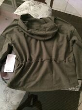 NWT Lululemon Hold Your Om Hoodie Green HFTG Size 8