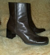 St. John's Bay brown leather fashion boots size 7.5.. 7 1/2