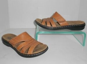 Clarks Light Brown / Tan Leather Sandals Size 7 Shoes Slides