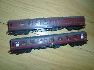 Pair of Harry Potter Coaches for Hornby OO Gauge Train Sets