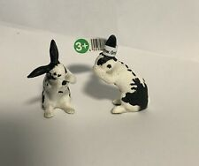 Schleich Rabbit Bunny Black & White Grooming 13698 Retired New Set of 2