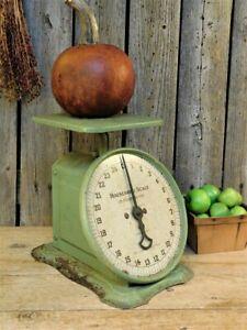 Antique Primitive Old GREEN Kitchen Scale WORKS! 1907 Farmhouse