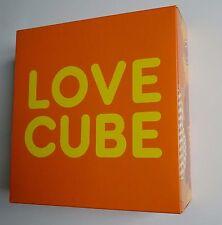 Livre Photo - Martin PARR - LOVE CUBE - Edité par Gun Gallery en 2007 - EO
