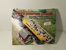 New Life Like Trains Tracksiders Bobs Dumping Station w/Car Sealed Building