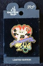 Disney WDW MICKEY MOUSE & MINNIE KISSING HAPPY VALENTINES DAY Retired Pin