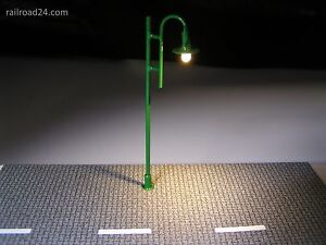 5x LED Strassenlaterne nostalgie grün 80 mm Spur H0/TT