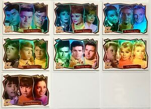 Set of 7 Rittenhouse Lost in Space foil trading cards featuring the cast.