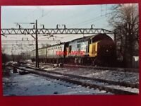 PHOTO  CLASS 37 DIESEL LOCO NO 37428 AT WILMSLOW 25/2/89