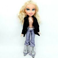 Bratz doll toy Wearing clothes shoes LotF