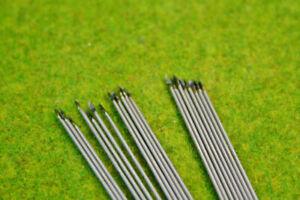 Metal wire Spears & Javelins 100mm long pack of 40