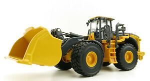 Ertl 45717 John Deere 844L Aggregate Handler Wheel Loader - Prestige Model 1:50