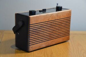 Roberts R760 Wooden Case Transistor Radio Battery / Mains Tested and Working