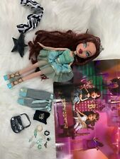 Bratz Princess Roxxi & Bratz Princess Poster