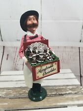 Byer's Choice Carolers Cries Figures Xmas Handmade chocolate Seller