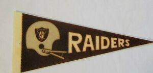 Vintage  NFL  Pennant Oakland Raiders  Size 9 x 4