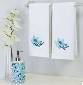 Mainstays 3-Piece Garden Blue Floral Accessory Bath Set Dispenser & Hand Towels
