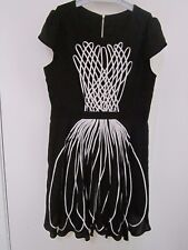 PRETTY BLACK AND WHITE  DRESS BY I.T. , SIZE [APPROX 10-12]