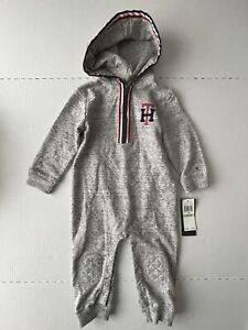 Tommy Hilfiger Gray One Piece Romper with Hood size 18 months 61D70021-99