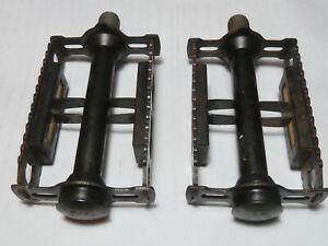 anciennes pedales 14/125 velo vintage  lyotard ville randonneur cyclo