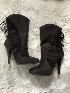 Ladies Suede Leather Boots With Tassels Size 5 nearly new