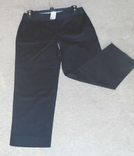 NWT Womens DAISY FUENTES Everyday Black Twill Capris Size 4 32 X 23 $44