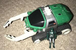 Bandai 1996 Saban's Beetleborgs Green Hunter AV Stinger Vehicle