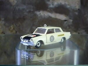 CLASSIC VINTAGE DINKY No 212 FORD CORTINA - East Africa Safari