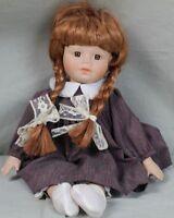 Hübsche Porzellankopf Puppe mit frechen Zöpfen & Baumwollkleid - 35 cm  /S337