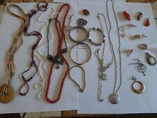 lot bijoux vintage dont 2 pendantif en ambre baltique