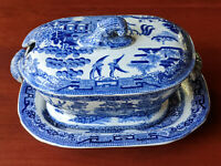 WARRANTED STAFFORDSHIRE 3 pc Tureen Gravy BLUE WILLOW Vintage