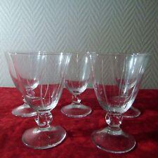 5 Superbes verres à vin rouge en cristal de Daum signé modèle Orval ( gravé )