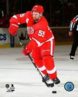 """Niklas Kronwall Detroit Red Wings NHL Action Photo (Size: 8"""" x 10"""")"""
