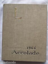 1966 SAINT FRANCIS DE SALES HIGH SCHOOL YEARBOOK, TOLEDO, OHIO ACCOLADE UNMARKED