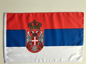 Fahne Flagge Serbien 30x45 cm mit Wappen mit Schaft