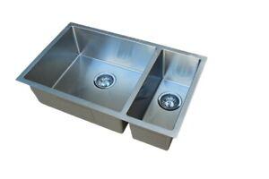 #304 Handmade Stainless Steel Kitchen Sink 1 + 1/2 Bowls (740mm x 450mm)
