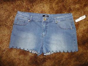 NWT Aqua Jean Shorts Size 27  MSP$58