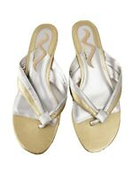 Nina shoes 8 M silver and gold leather kitten heel thong sandals