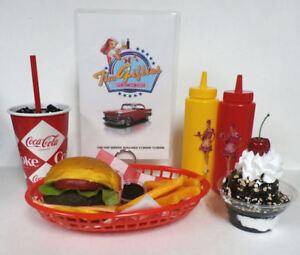 FAKE FOOD DINER CAR HOPCHEESEBURGER MEAL W/MENU & 16OZ 60'S COKE CUP