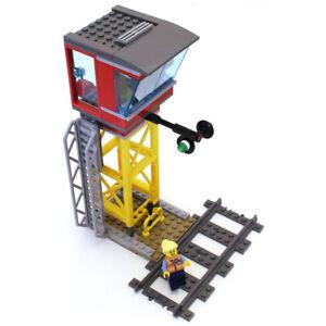 Lego Genuine City Cargo Train Signal Box Control Centre Tower from 60198 - NEW