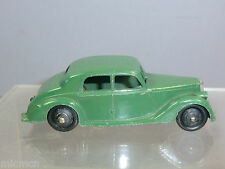"DINKY TOYS MODEL No.40A  RILEY SALOON ""1st TYPE "" BASE PLATE"" DARK GREEN VERSION"