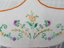 Exquisite vintage pocketed apron handmade /embroidered