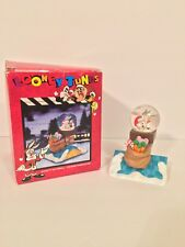 LOONEY TUNES BUGS BUNNY SANTA CHRISTMAS WATERBALL FIGURINE 1996 USED WITH BOX